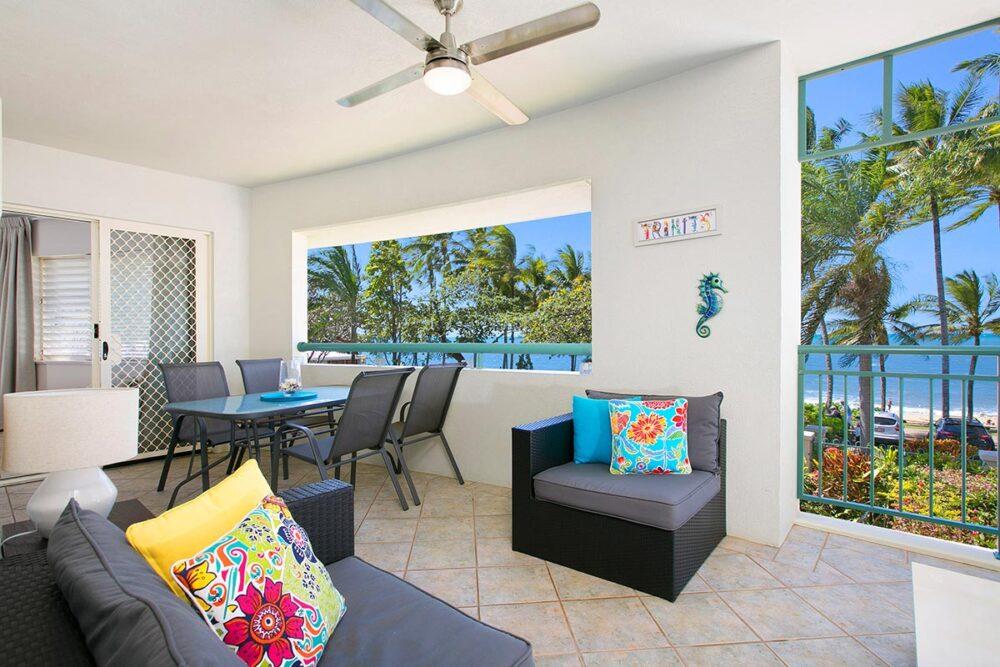 1bed-trinity-beach-holiday-apartments1