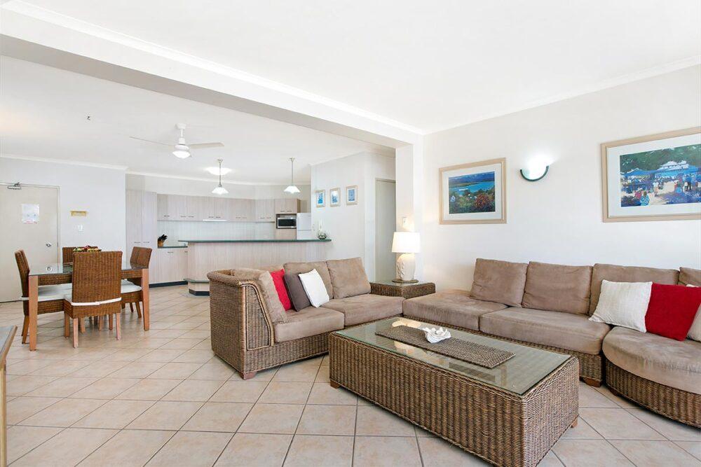 2bed-trinity-beach-holiday-apartments5