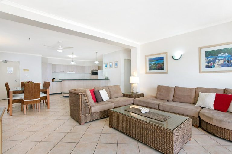 2bed-trinity-beach-holiday-apartments5