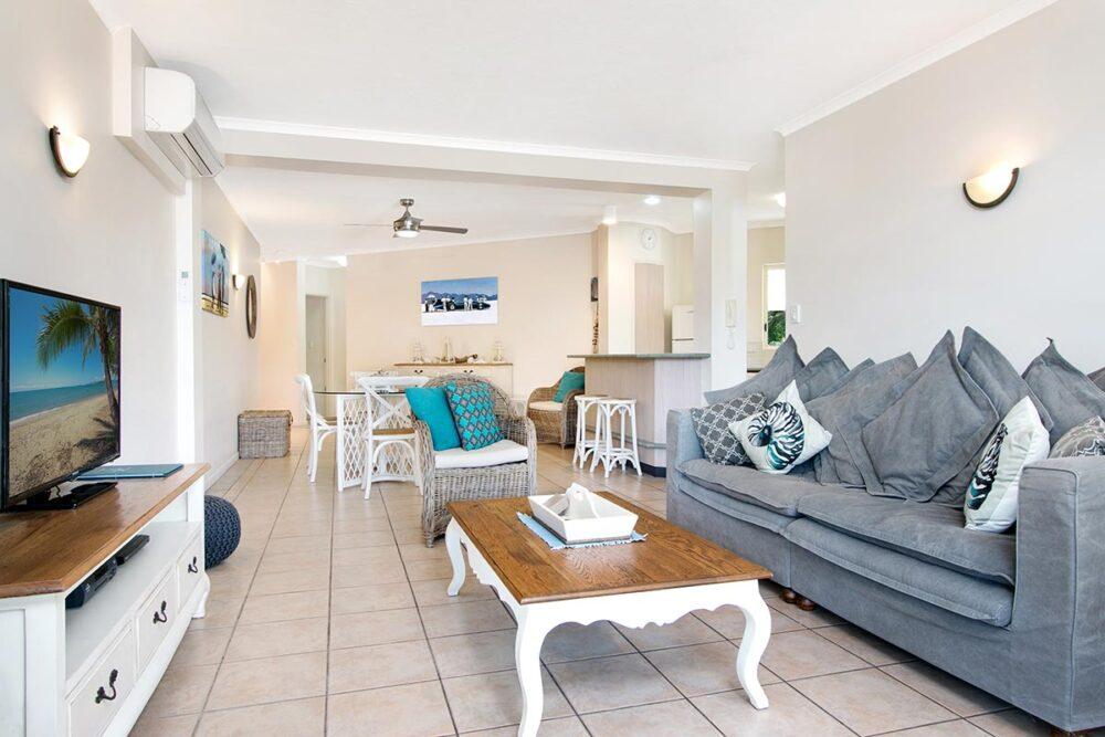 3bed-trinity-beach-holiday-apartments10